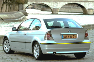 Bmw-320-compact-002
