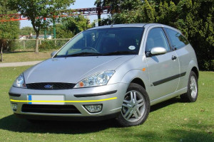 Ford-Focus-1999