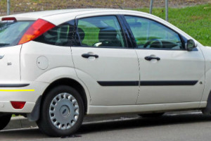 Ford-Focus-2002