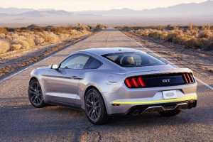Ford-mustang-gt--2015