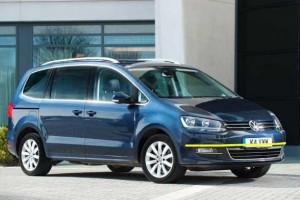 Volkswagen--sharan-2011