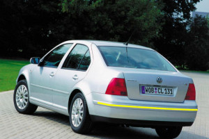 Volkswagen-Bora-001