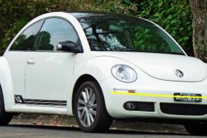 Volkswagen-New--Beetle