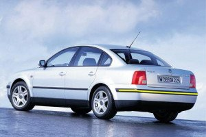 Volkswagen-Passat-1997