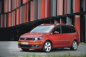 Volkswagen-Touran-002