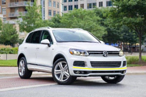 Volkswagen-touareg--2014