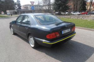 Mercedes--e200