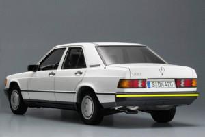 Mercedes-190-w201-