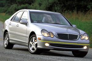 Mercedes-Benz-C-220