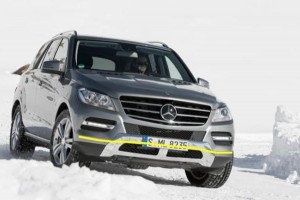 Mercedes-Benz-ML-002