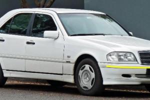 Mercedes-C-200-004