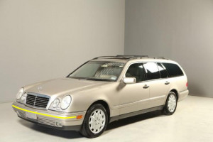 Mercedes-E320--Wagon
