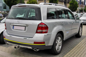 Mercedes-GL--320