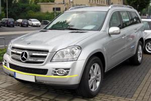 Mercedes-GL-320