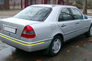 Mercedes-benz-W202