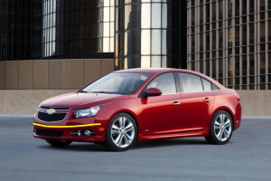 Chevrolet-Cruze-2013