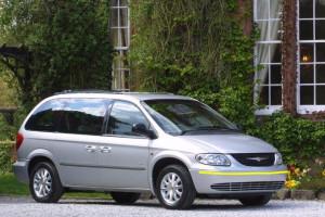 Chrysler-grand-voyager-001