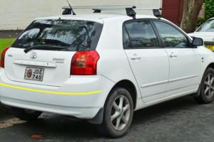 Toyota-Corolla--hatchback-2003