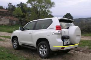 Toyota-Land--Cruiser-