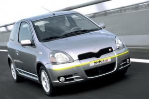 Toyota-Yaris-012