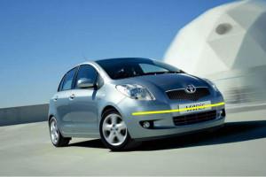 Toyota-yaris-2008