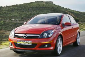 Opel-Astra-gtc-coupè-