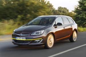 Opel-Astra-sport-tourer-2013