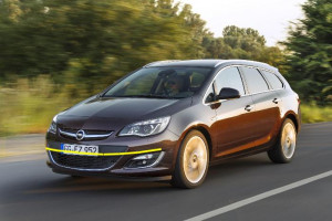 Opel-Astra-sports-tourer-003
