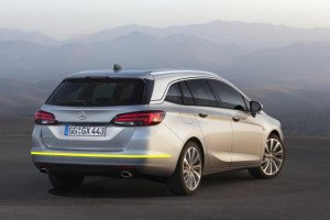 Opel-Astra-sports-tourer-005
