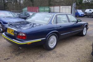 Jaguar-xj8--1999