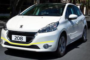 Peugeot-208-2015