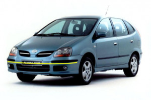 Nissan-Almera-003