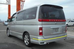 Nissan-Elgrand-001