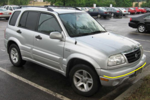 Suzuki-Grand-Vitara-2003