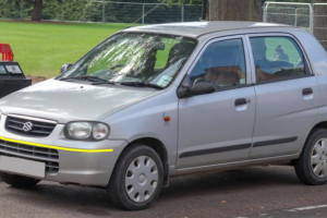 Suzuki-alto-004