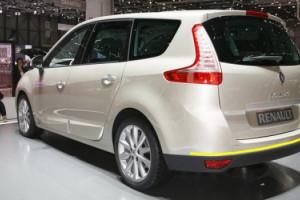 Renault-Scenic-III-