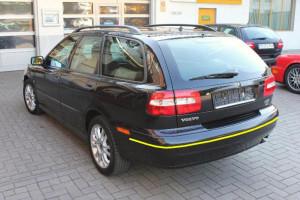 Volvo-v40-2001