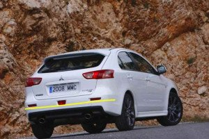 Mitsubishi-Lancer-Sportback-