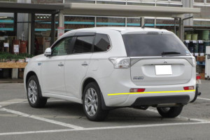 Mitsubishi-Outlander-009