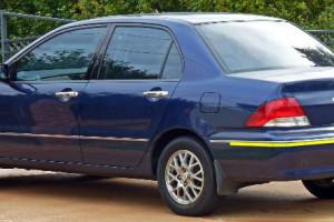 Mitsubishi-lancer--2002