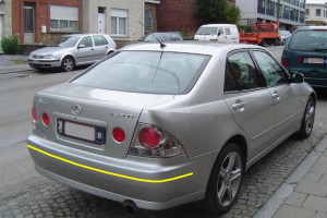 Lexus-IS-200