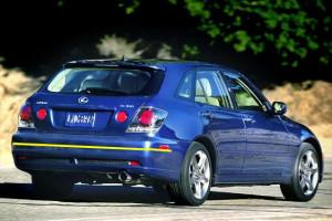 Lexus-is-200-sportcross-